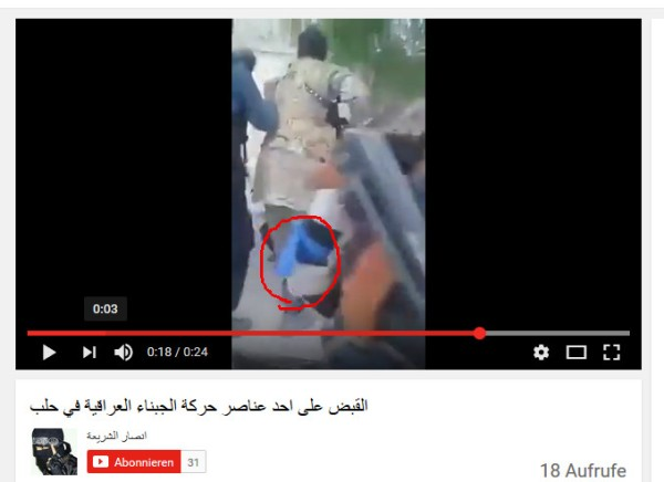 blaue-armbinde-untersetzter-terrorist